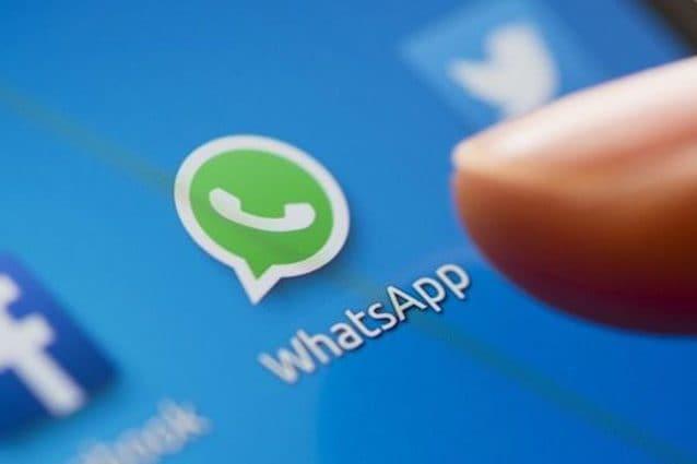 Da oggi WhatsApp si può sbloccare con impronta digitale o riconoscimento facciale